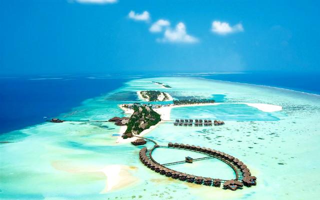 Мальдивский спа-курорт.